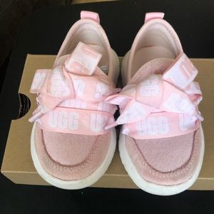 Toddler Girl Ugg Sneakers Size 6